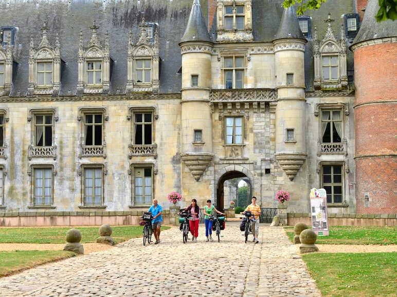 Le patrimoine français à portée de roues